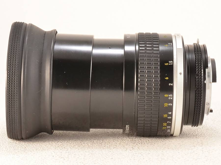 Nikon (ニコン) Ai-s NIKKOR 105mm F1.8
