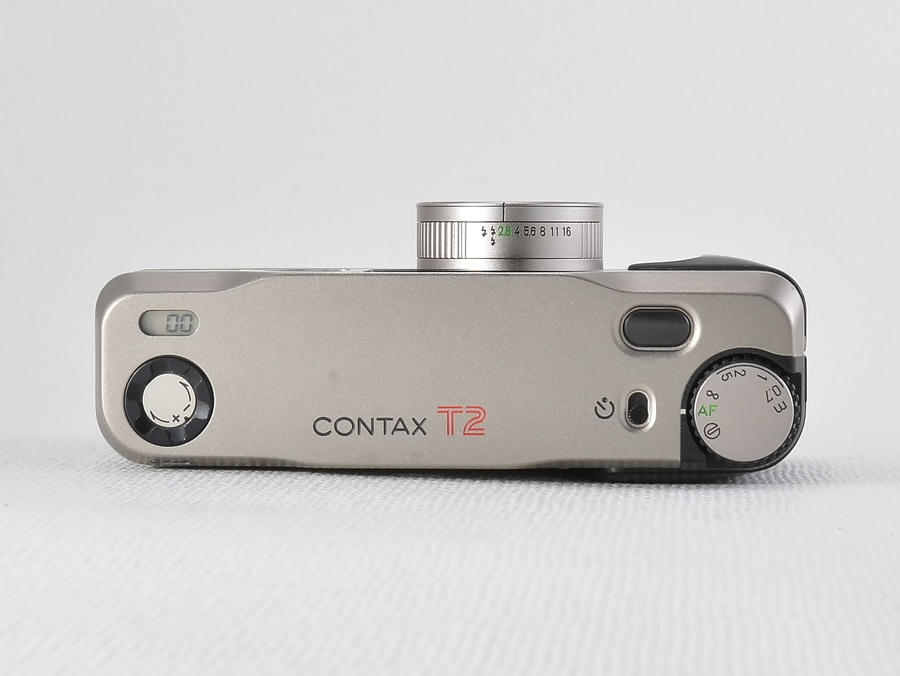 CONTAX (コンタックス)	T2 / Carl Zeiss Sonnar T* 38mm F2.8